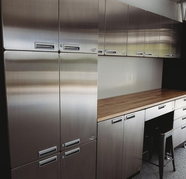 hercke-garage-and-home-cabinet-system-in-the-garage-gallery (5)